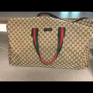 Gucci duffel bag